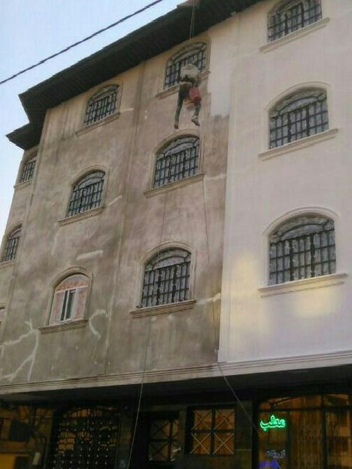 نقاشی و رنگ آمیزی نما با طناب و بدون نیاز به داربست